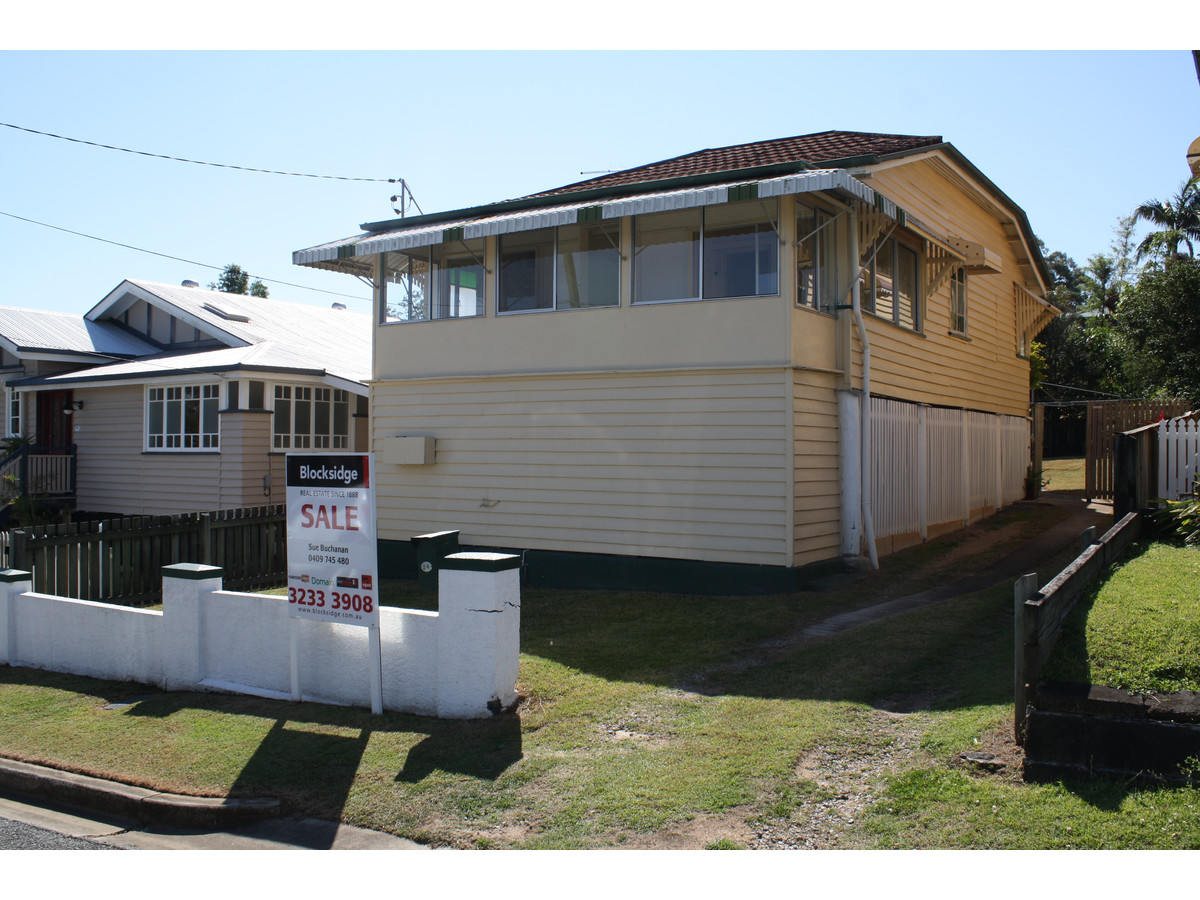 "Buying a ""renovators' delight"" property in Brisbane"